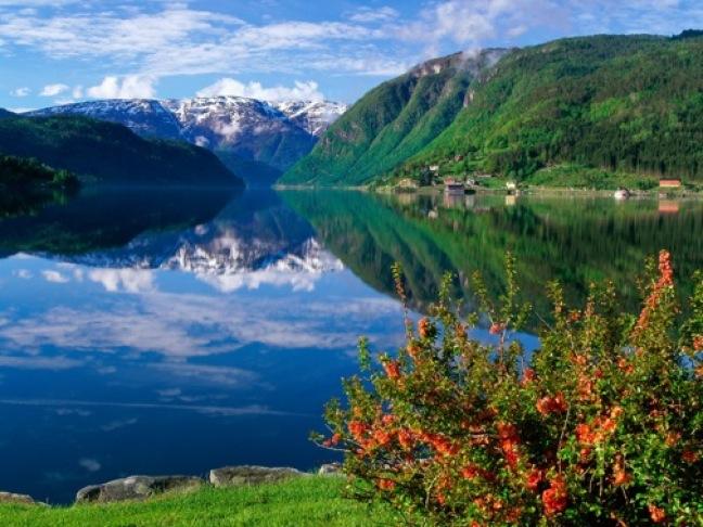 hardangerfjord-norway