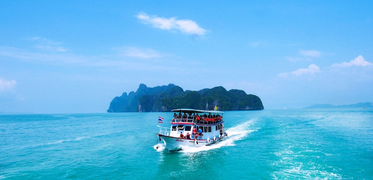 Take bookings for boat tours