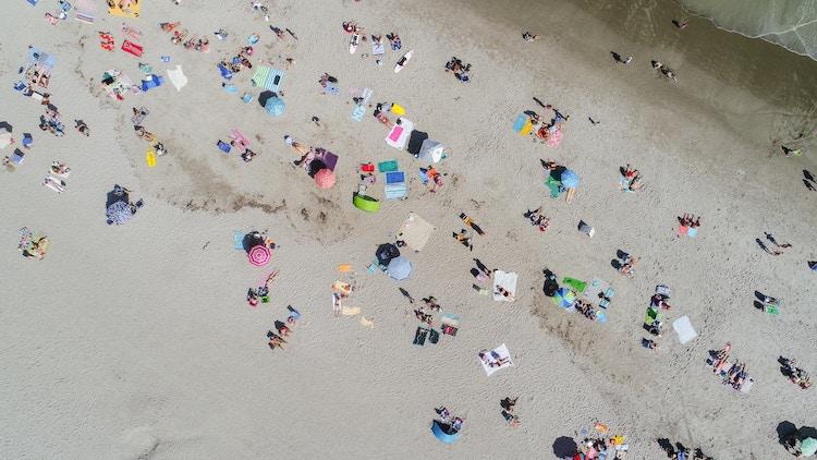 Summer_beach.jpg
