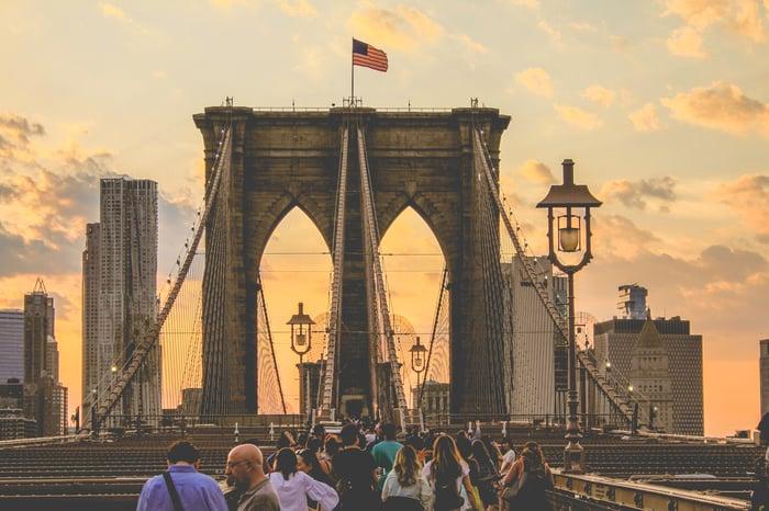 Tourists 3_Partnership_come creare marketplace online rivendere tour attività turismo travel