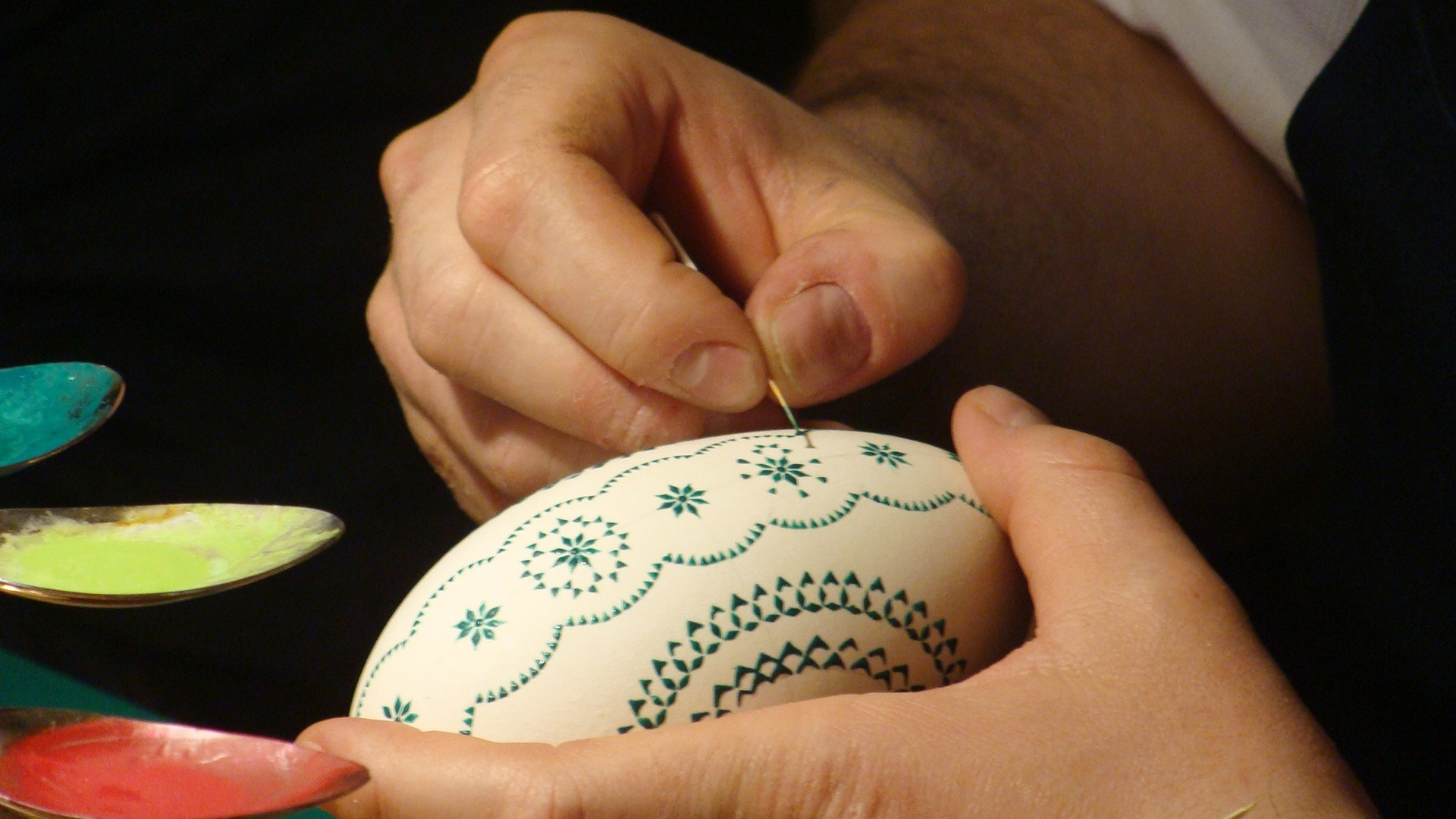 art-painting-easter-egg.jpg