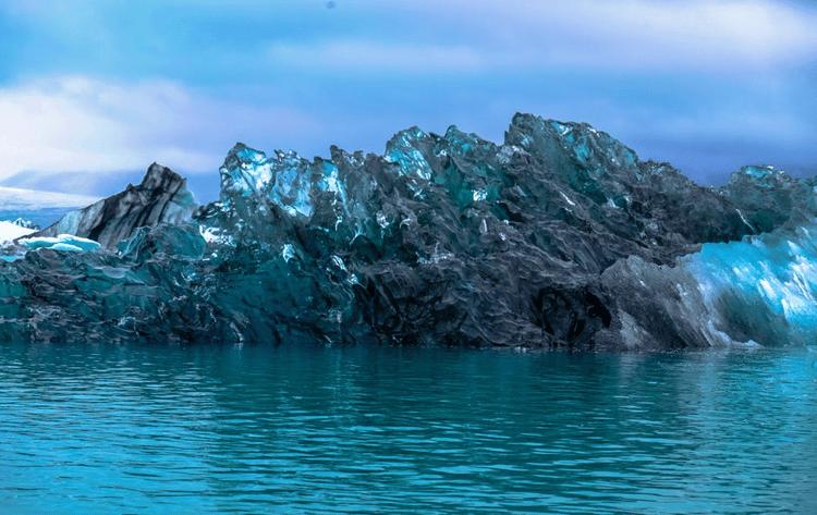 La ricerca delle parole chiave è soltanto la punta dell'iceberg di un'ottimizzazione completa ed efficace.