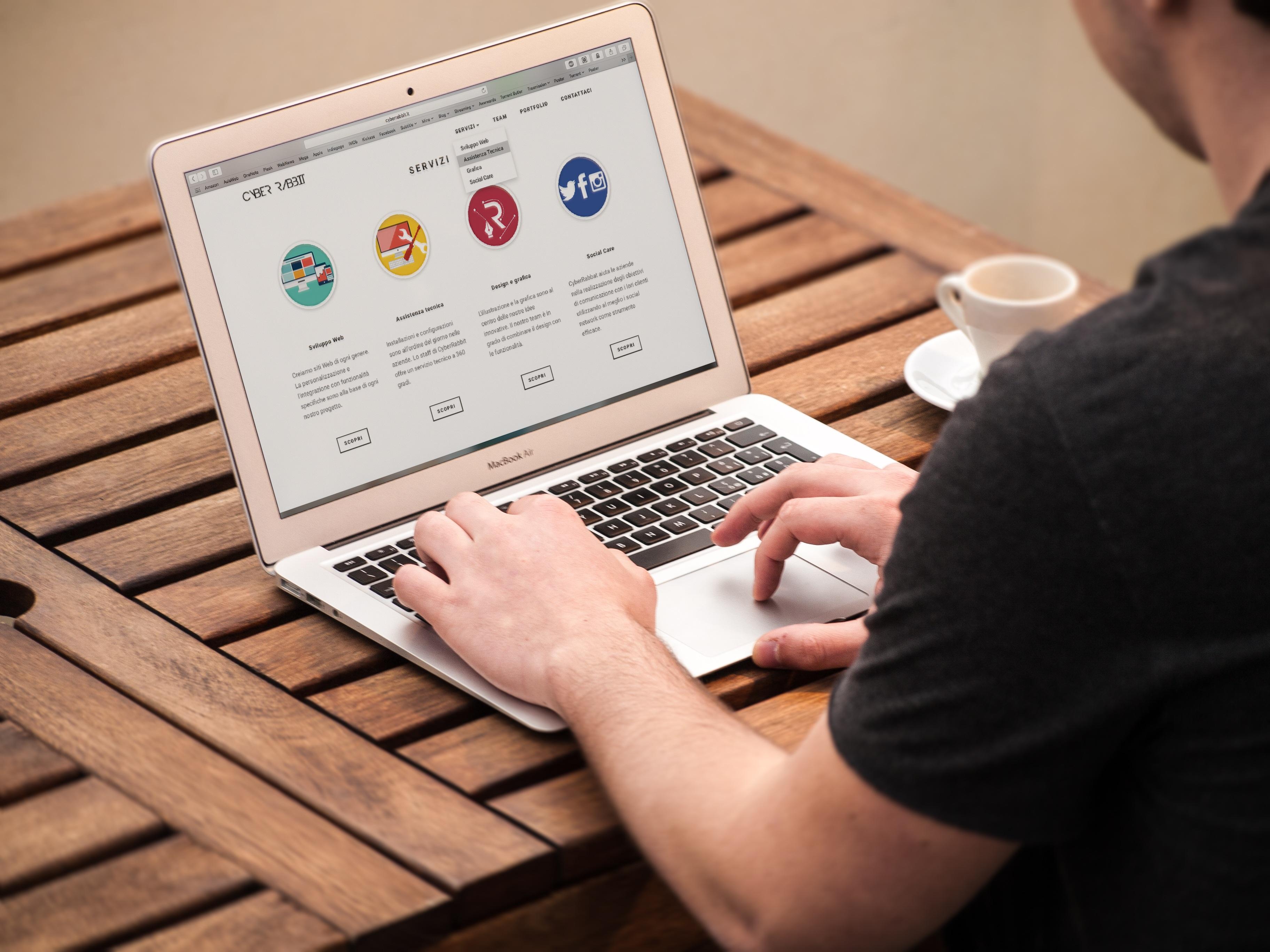 Das Design einer Webseite ist entscheidend für die Verweildauer